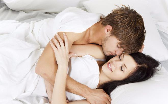 Giải đáp: Sau sinh 2 tháng quan hệ có sao không ?
