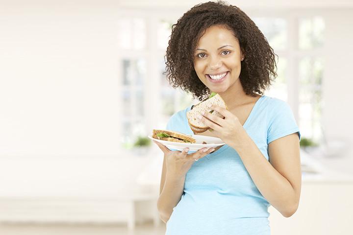 Sau sinh có được ăn bánh mì không ? Bánh mì không đủ đáp ứng nhu cầu dinh dưỡng của cơ thể