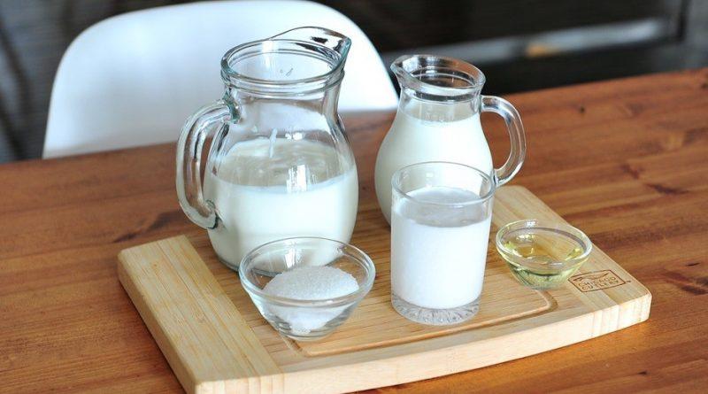 Sau sinh ăn sữa chua giúp nâng cao sức khỏe hệ tiêu hóa