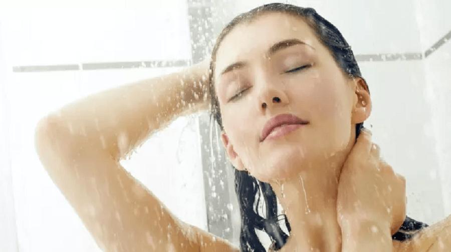 Sau sinh bao lâu thì được đụng nước lạnh? 99 % người sai lầm 1