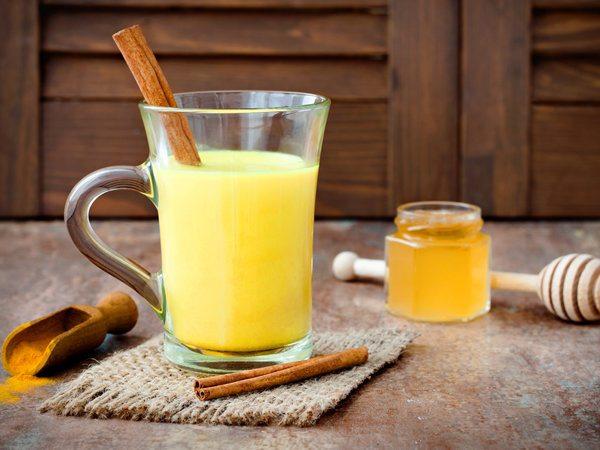 Cách uống nghệ mật ong sau sinh