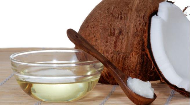 Cách làm dầu dừa trị rạn da tại nhà