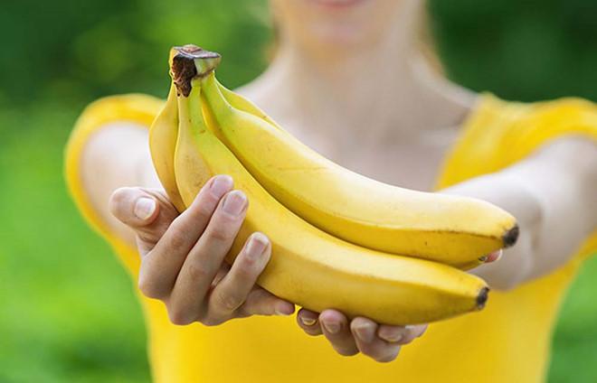 Phụ nữ sau sinh ăn được hoa quả gì ? Chuối tiêu có chứa nhiều sắt nên rất cần thiết cho mẹ sau sinh.