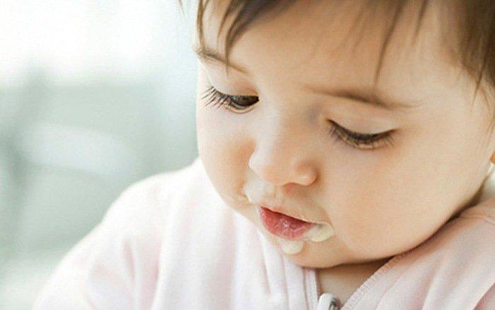Sữa chua Susu cho bé từ mấy tháng? Trẻ bắt đầu từ 6 tháng tuổi có thể uống sữa chua Susu