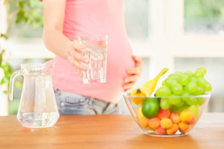 Bà bầu uống gì để tăng nước ối nhanh và hiệu quả?
