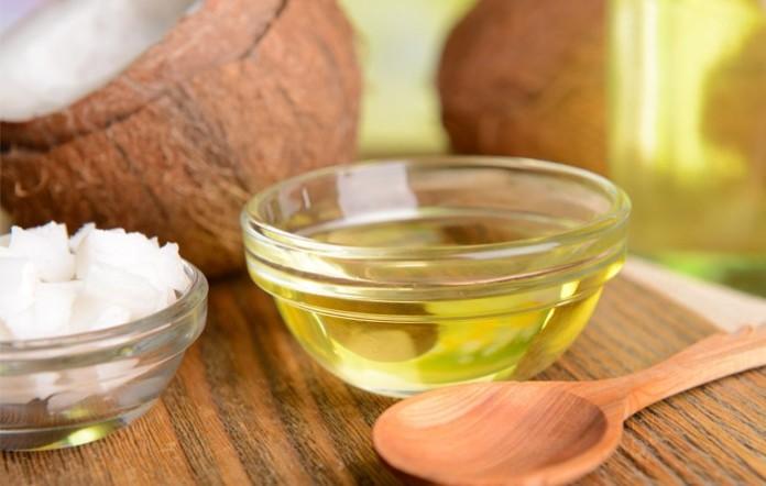 Cách chữa rạn da ở tuổi dậy thì bằng dầu dừa, muối, đường