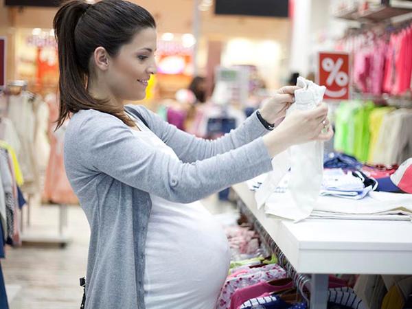 Nên mua đồ sơ sinh ở siêu thị để đảm bảo an toàn cho trẻ