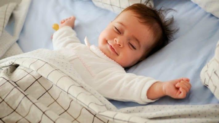 2 Phương pháp luyện ngủ không nước mắt giúp bé ngủ ngon hơn 9