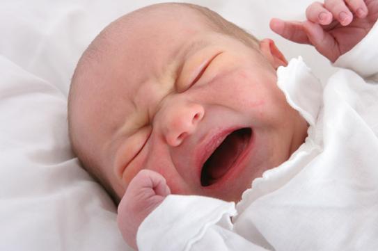 Có nhiều nguyên nhân khiến trẻ sơ sinh bị tím quanh miệng